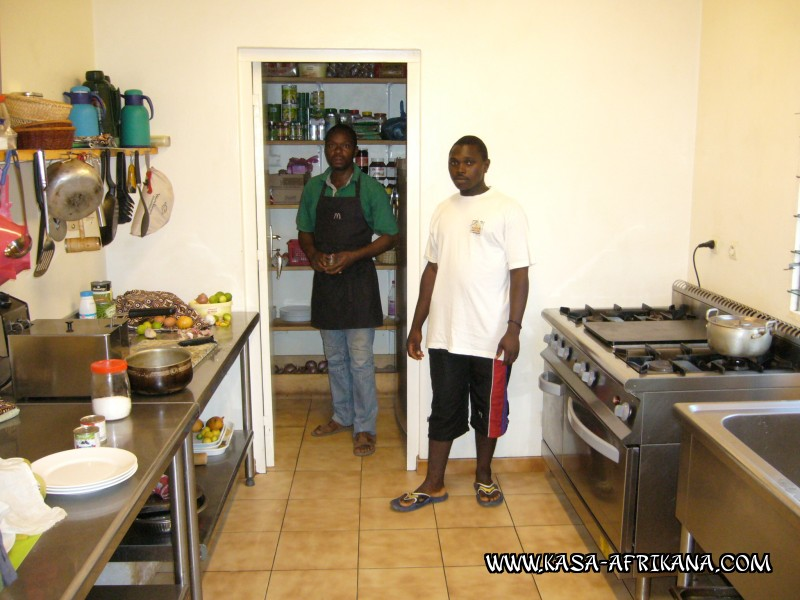 Photos Bijagos Island, Guinea Bissau : Hotel & outbuildings	 - The kitchen