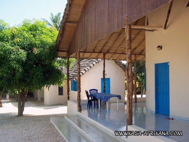 Photos Bijagos Island, Guinea Bissau : Hotel & outbuildings	 - Gilles and Tina's house
